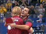 Timo Boll und Christian Süß jubeln bei der Tischtennis EM 2009 in Stuttgart
