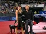 Tischtennis am Piano mit Torben Wosik und Dame bei der Tischtennis EM 2009 in Stuttgart