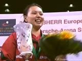 Wu Jiaduo bei Siegerehrung bei der Tischtennis EM 2009 in Stuttgart