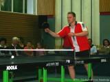 Alexander Burkard bei der Tischtennisshow