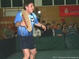 Jindrich Pansky mit Riesenschläger in der Ballonabwehr